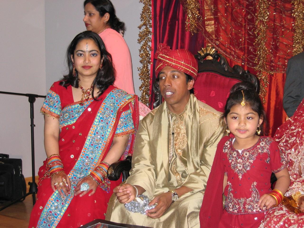 Mehndi Ceremony Of Kajol : Wedding of kajol cake ideas and designs